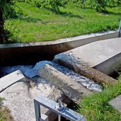 Algunder Waalweg Wasserableitung