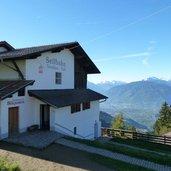 1392739552D-8691-bergstation-seilbahn-verdins-tall.jpg