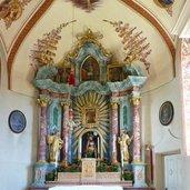 1393865357D-6378-moerre-passeiertal-altar-kirche.jpg
