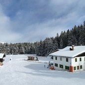 D-3297-ski-pistenende-bei-seehof-vigiljoch.jpg
