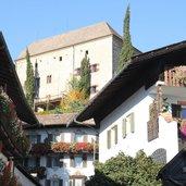 D-Meraner-Land-Schenna-Schloss-Schenna-Dorfzentrum-4850.jpg