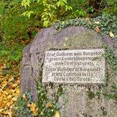 D_3170-burgstall-graf-volkmar-weg-tafel-graf-volkmar.jpg