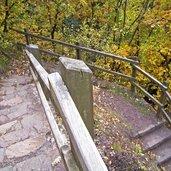 D_3180-burgstall-graf-volkmar-weg-stufen.jpg
