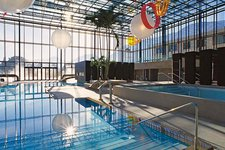 Therme Badehalle