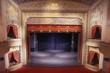 Theater, Aufführung 2010