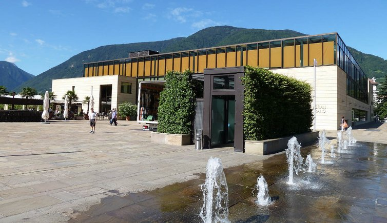 meran thermenplatz therme meran